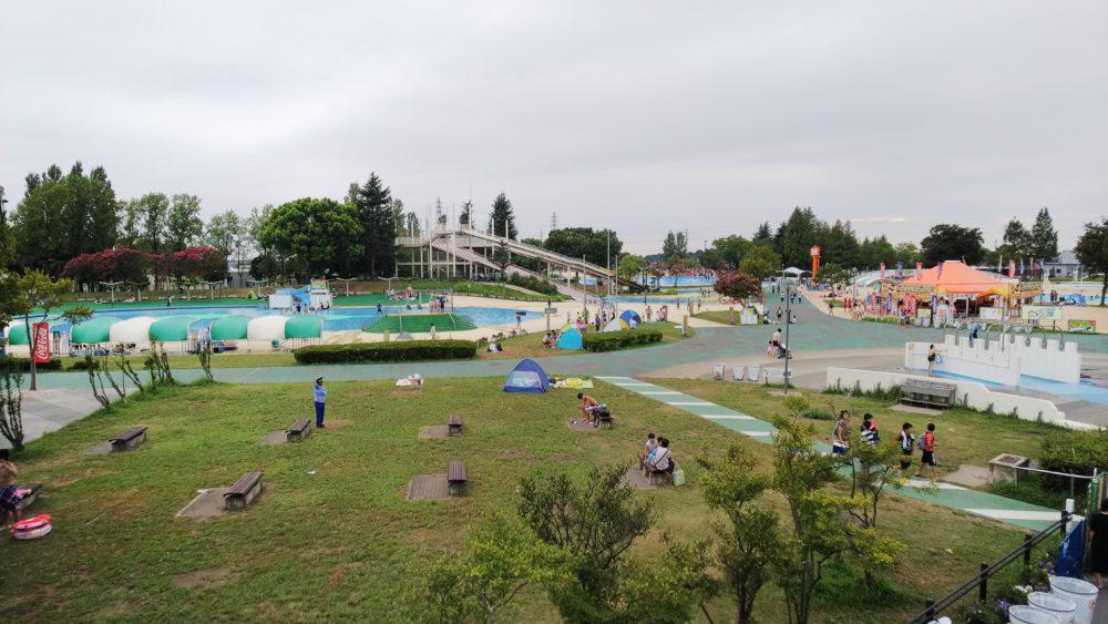しらこばと水上公園でスライダー滑走